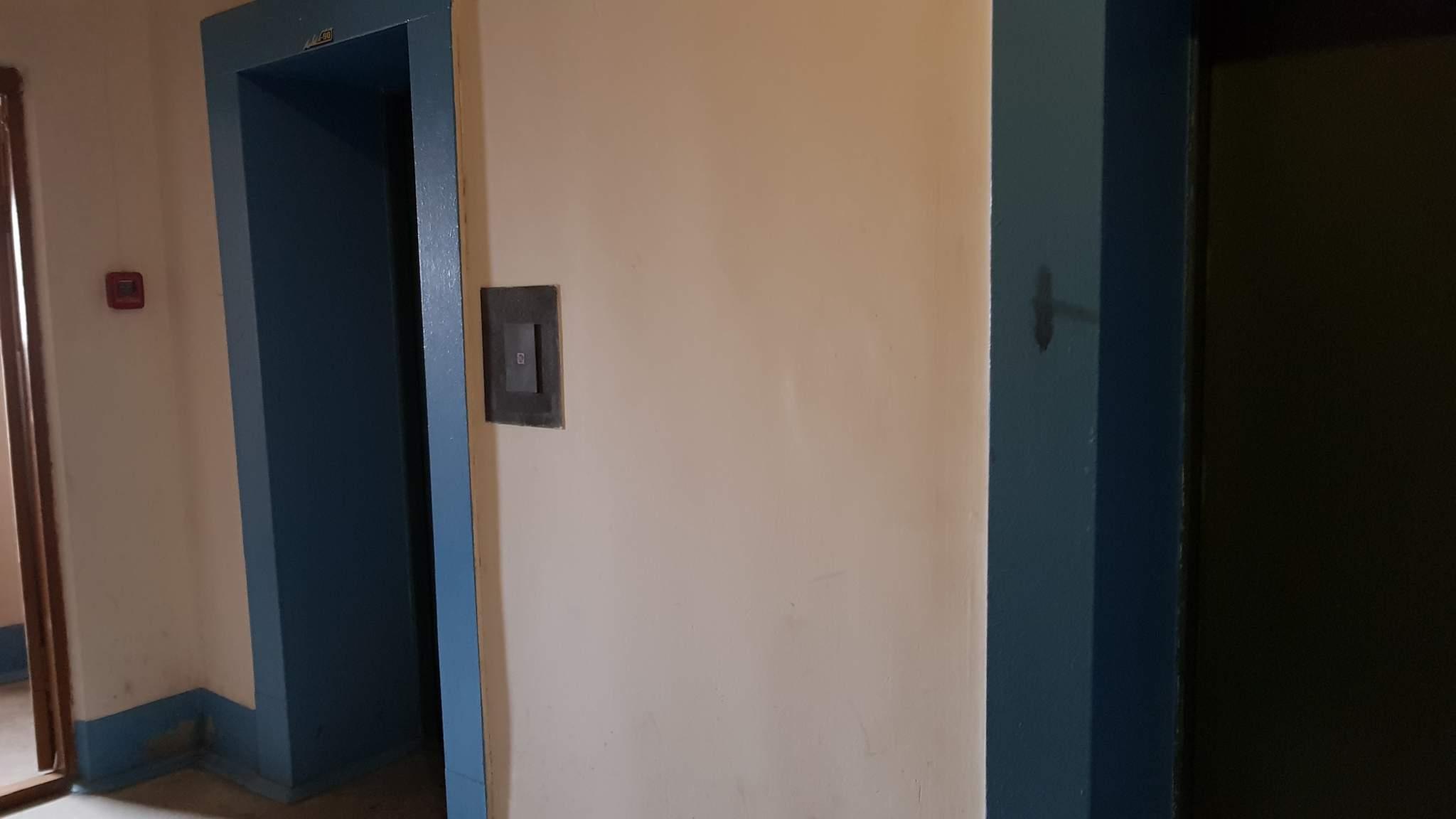 Квартира на продажу по адресу Россия, Тюменская обл, Тюмень, Чернышевского улица, 2ак4