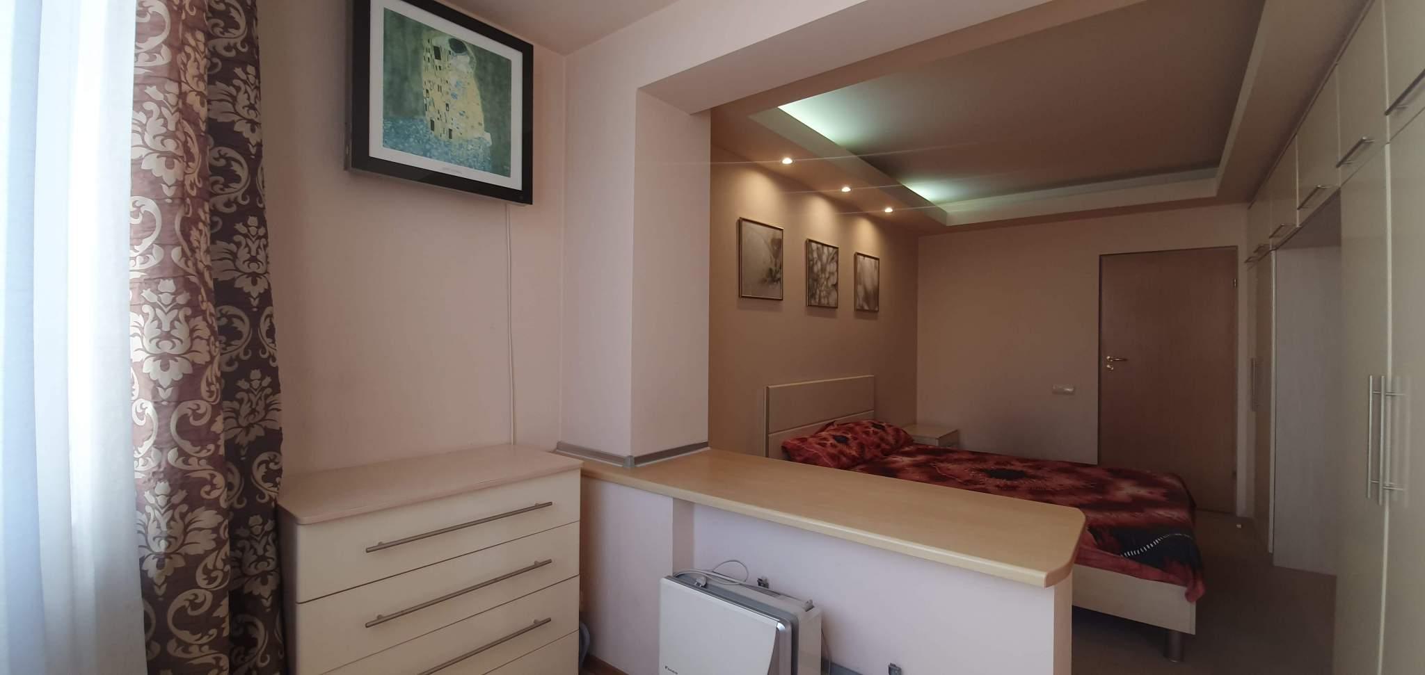 Квартира на продажу по адресу Россия, Крым, Симферополь, Победы проспект, 48