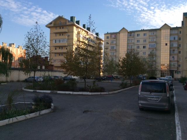 Квартира на продажу по адресу Россия, Краснодарский край, Абинский р-н, Абинск, Горького улица, 26
