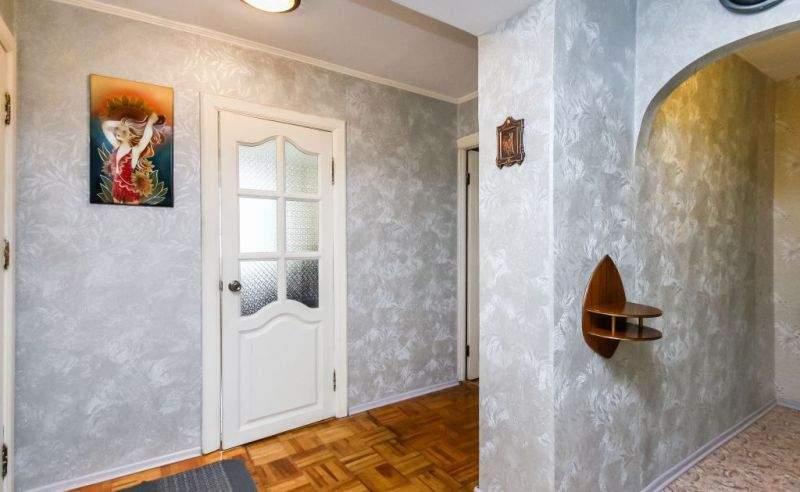 Аренда 4-комнатной квартиры, Тюмень, Ленина улица,  д.57