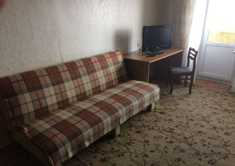 Аренда 1-комнатной квартиры, Тюмень, Республики улица,  д.92