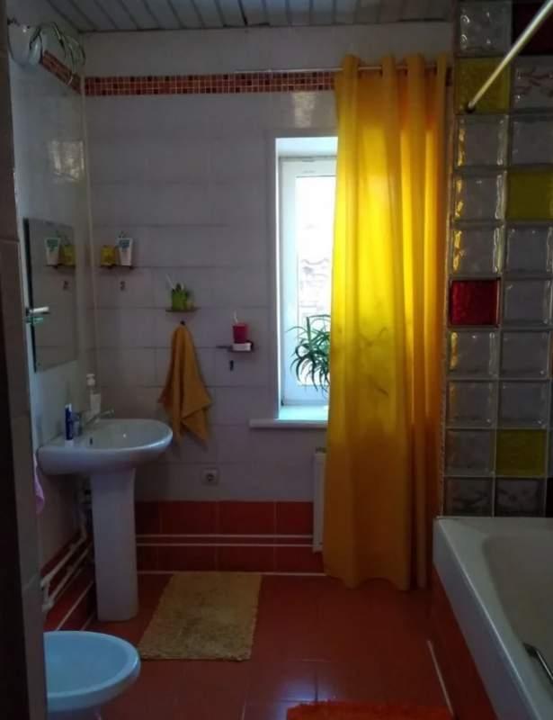 Продажа дома, 176м <sup>2</sup>, 10 сот., Тюмень, Спасская улица