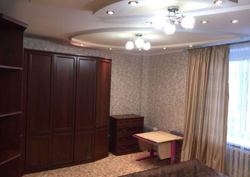 Аренда 3-комнатной квартиры, Тюмень, 50 лет Октября улица,  д.24к2