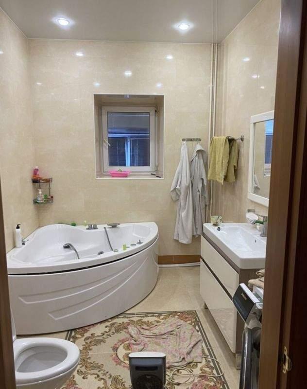 Аренда 4-комнатной квартиры, Тюмень, Пржевальского улица,  д.35к5