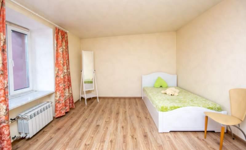 Аренда 5-комнатной квартиры, Тюмень, Семакова улица,  д.6