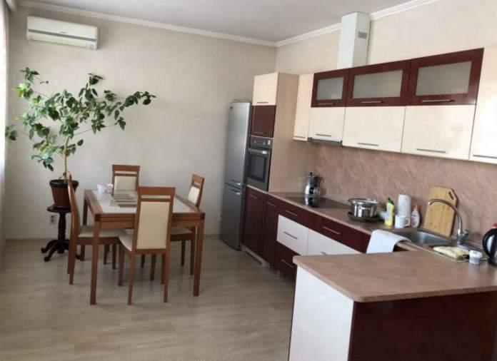 Аренда 2-комнатной квартиры, Тюмень, Семакова улица,  д.5