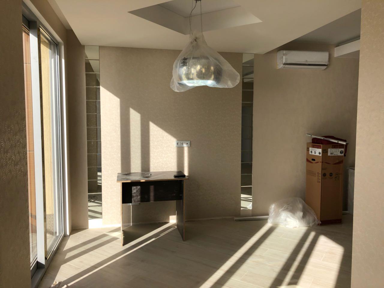Продажа 2-комнатной квартиры, Черноморская, д.6