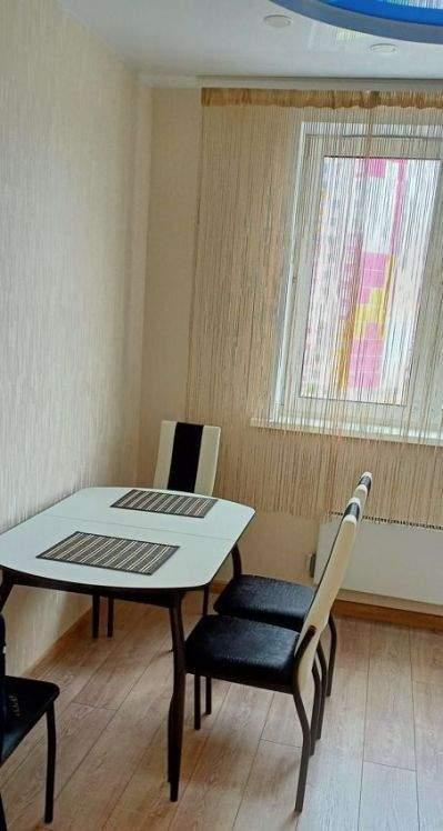 Аренда 2-комнатной квартиры, Тюмень, Фармана Салманова улица,  д.4