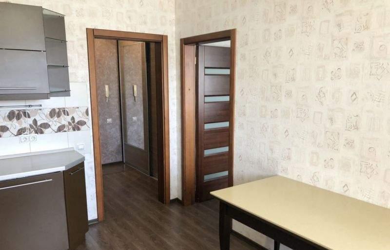 Аренда 1-комнатной квартиры, Тюмень, Амурская улица,  д.4