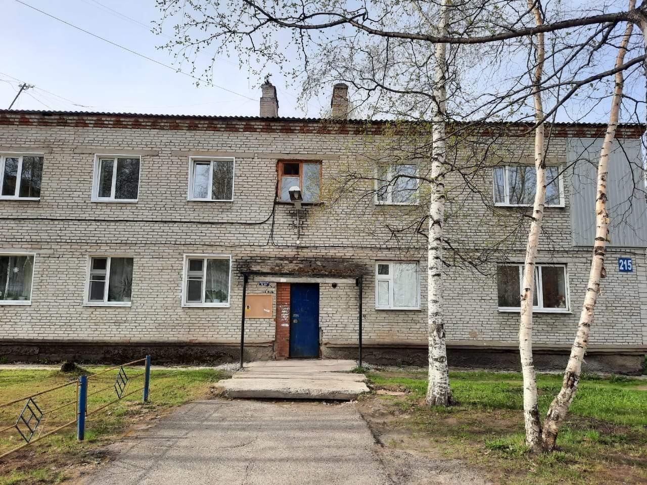 Томская область, Стрежевой, 2-й микрорайон, д.215