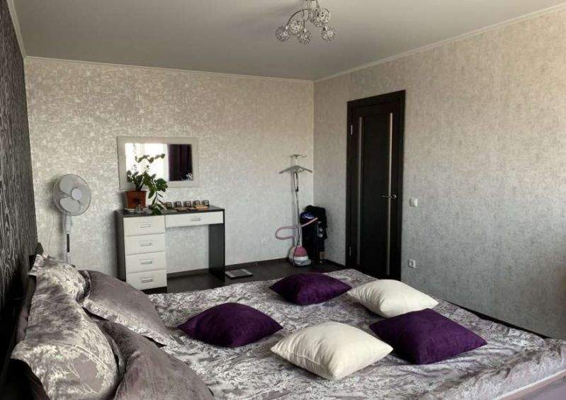 Аренда 2-комнатной квартиры, Тюмень, Николая Семенова улица,  д.21к1