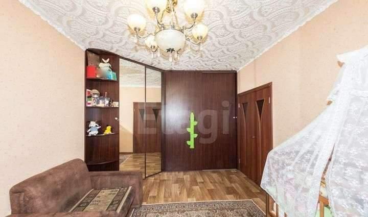 Продажа 2-комнатной квартиры, Тюмень, Широтная улица,  д.108
