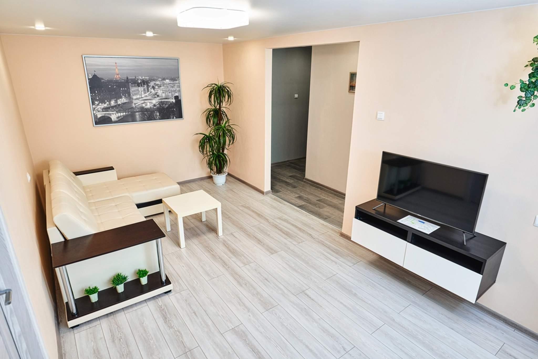 Аренда 2-комнатной квартиры, г. Тольятти, Ленина  д.20