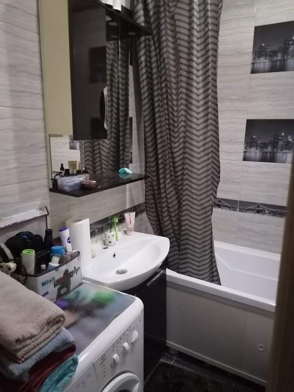 Продажа 1-комнатной квартиры, Тюмень, Александра Протозанова улица,  д.18к1