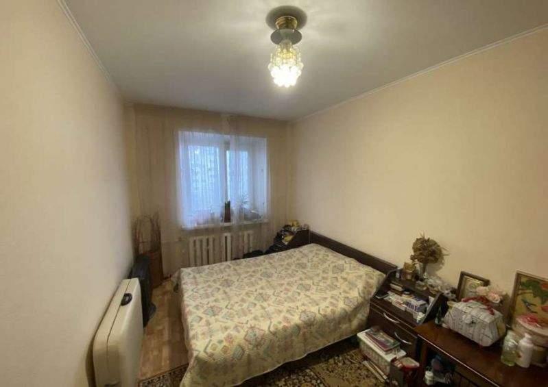 Продажа 3-комнатной квартиры, Тюмень, Котельщиков улица,  д.17
