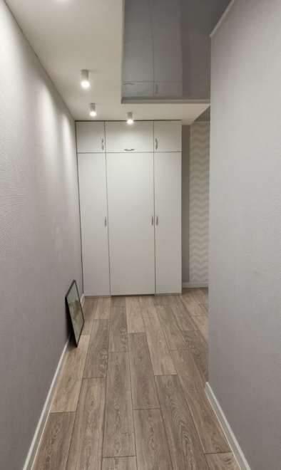 Продажа 2-комнатной квартиры, Тюмень, Мельникайте улица,  д.95