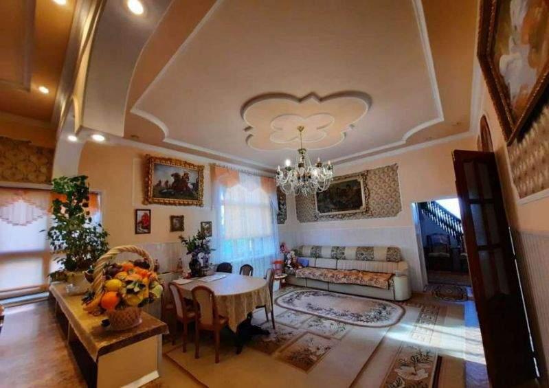 Продажа дома, 475м <sup>2</sup>, 10 сот., Тюмень, Магистральная улица