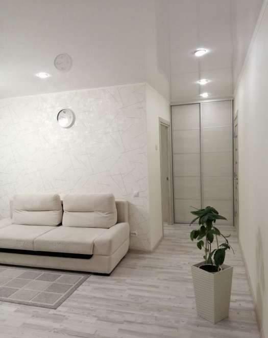 Продажа 3-комнатной квартиры, Тюмень, Белинского улица,  д.28