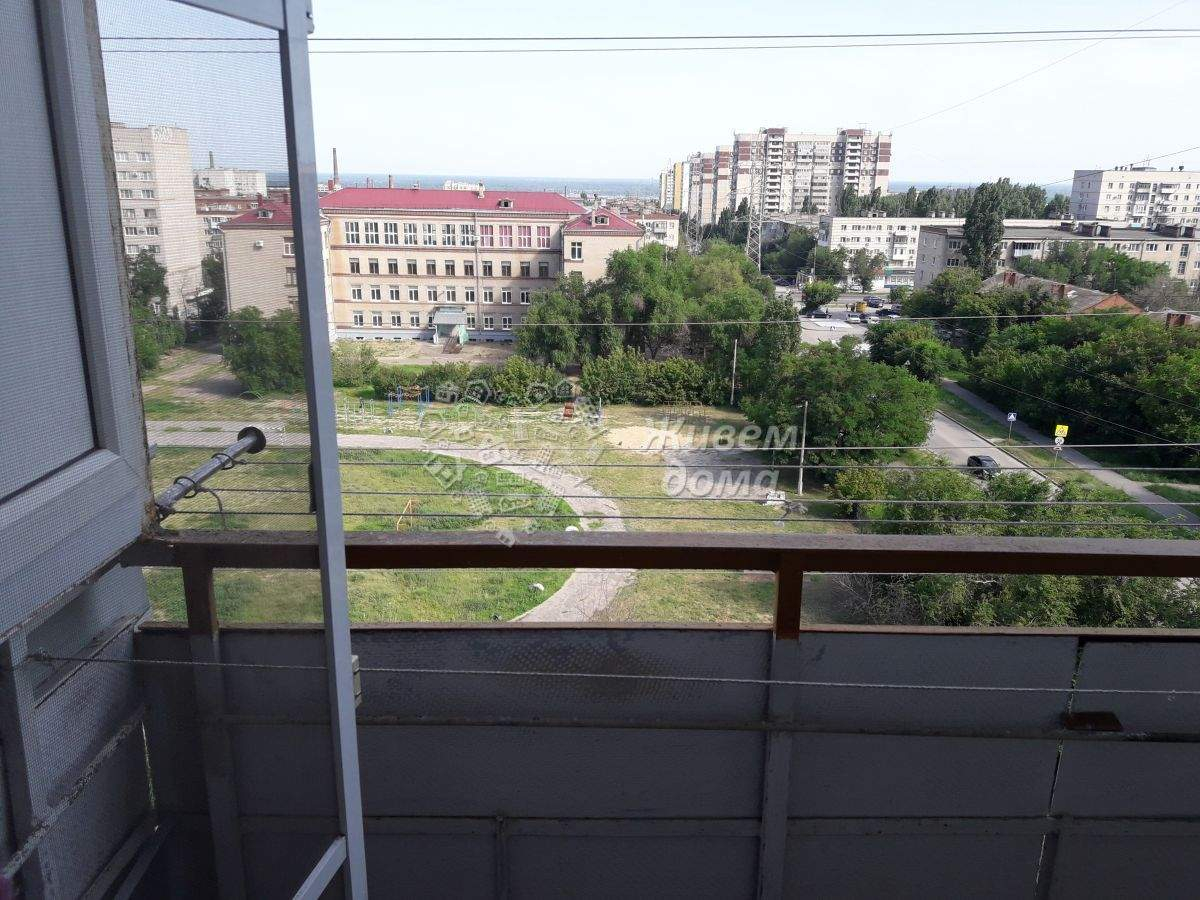 Продажа 2-комнатной квартиры, Волгоград, им Германа Титова улица,  д.50