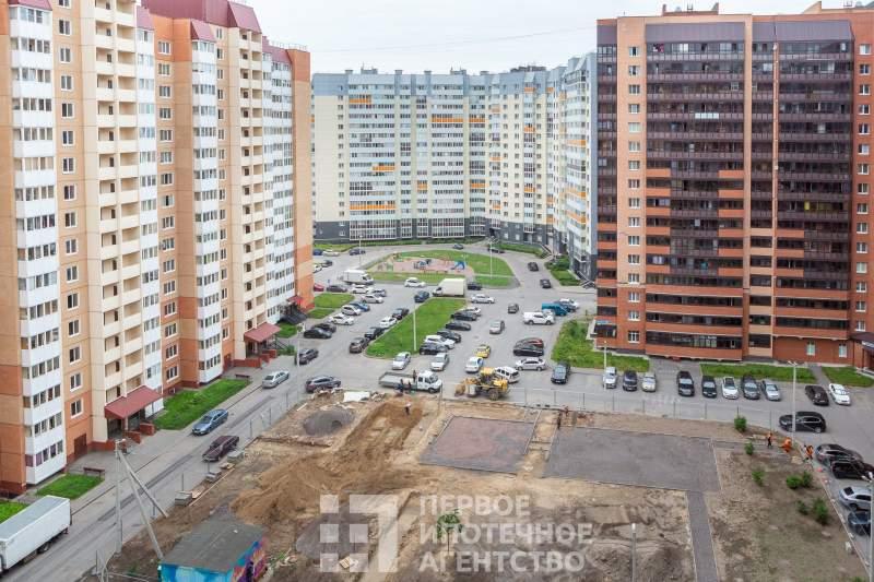 Коммунаров улица, д.190