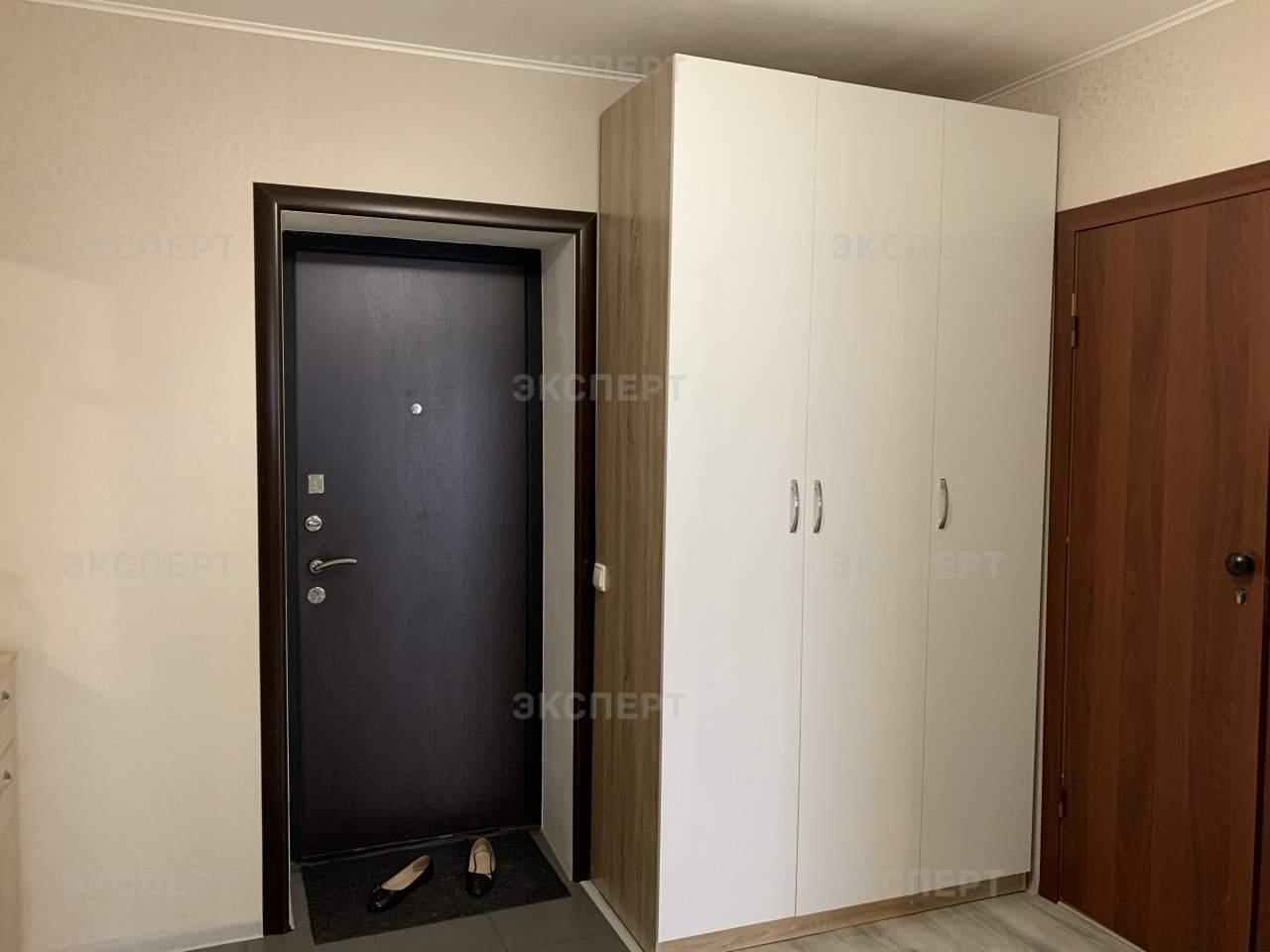Аренда 1-комнатной квартиры, Великий Новгород, Большая Санкт-Петербургская улица,  д.99