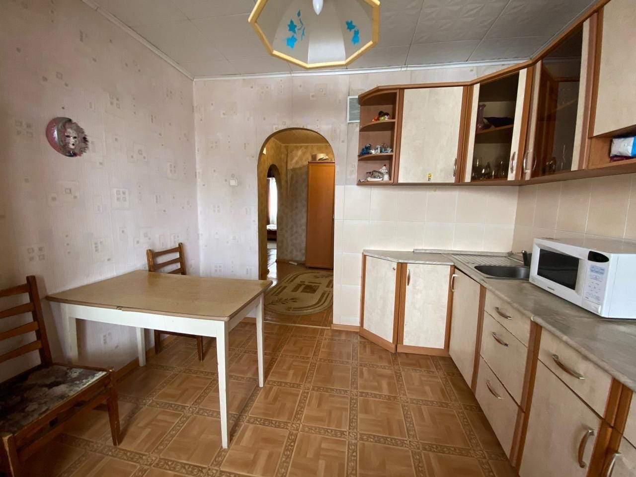 Продажа 3-комнатной квартиры, Киров, Энтузиастов улица,  д.1