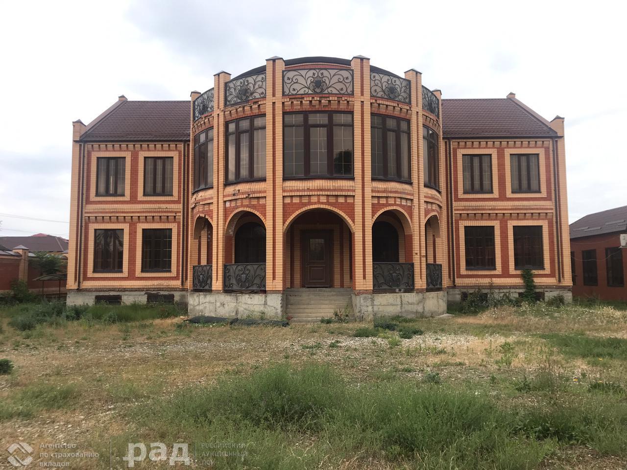 Продажа дома, 1253м <sup>2</sup>, 8 сот., Грозный, Маты Кишиевой,  д.43