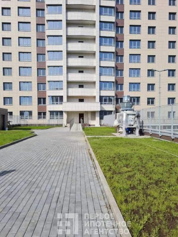 Светлановский проспект, д.121к1
