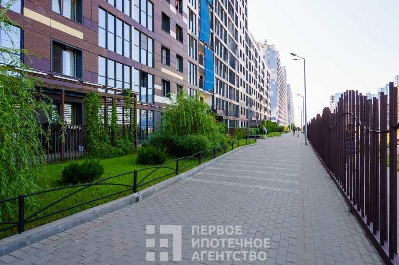 Вадима Шефнера улица, д.14к1 стр 1